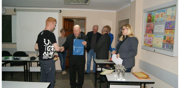 Patryk Mielewczyk uczeń kl. IIIg wygrał konkurs regionalny!